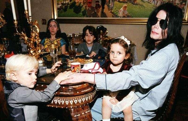 Дочь Майкла Джексона Пэрис перенесла срочную операцию