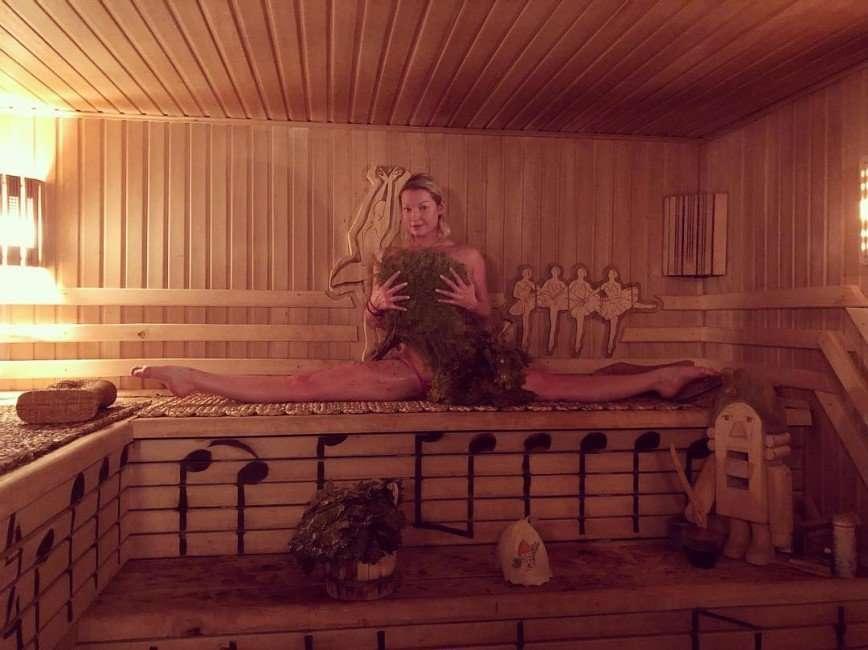 «До чего докатились»: неприличная фотография Волочковой всполошила интернет