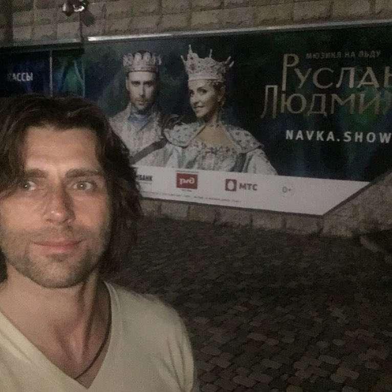 Где Петр? В новом шоу Татьяны Навки мужа Анастасии Заворотнюк не указали в качестве участника